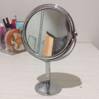 Mini mirror