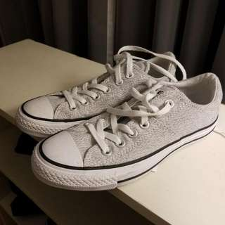 new salt and pepper converse size 7.5