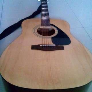 Yamaha Guitar F310 Acoustic Guitar