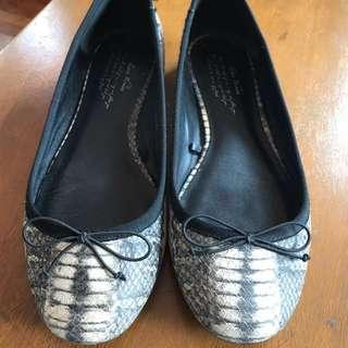 Zara Faux Snake Skin Shoes