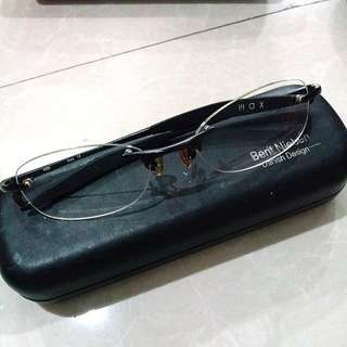 Used But In Very Good Condition Frame Kacamata Baca Eyeglasses