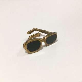 Funky Sunglasses Ring