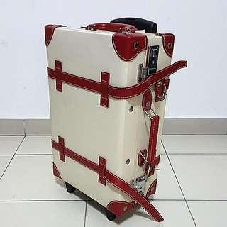 Cream Cabin Size Vintage Luggage Bag