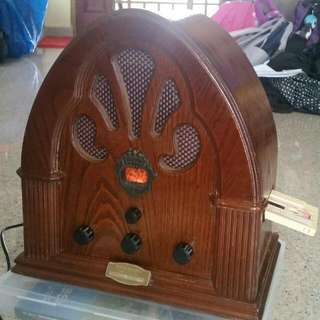 Vintage Radio (Analog)with Cassette Tape Player