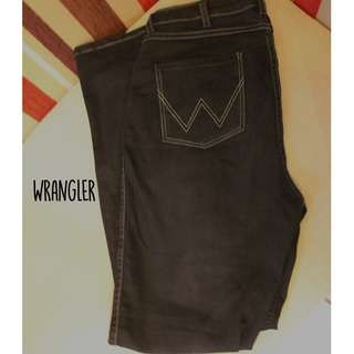 Wrangler Highwaisted Black Jeans