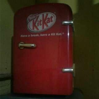 Mini Ref. (Kitkat)