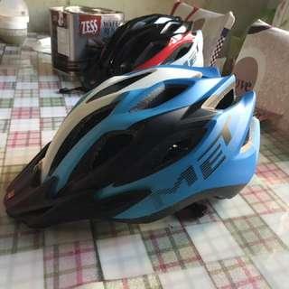 MET M88 Crossover Helmet
