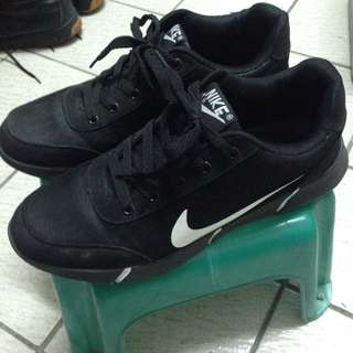 Nike Air Max 真的隨便賣! US9.5-10