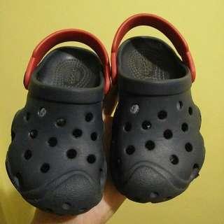 Authentic Crocs S7