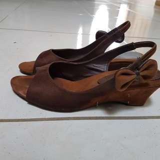 Peep Toe Size 6.womn Shoe