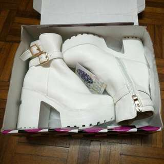 White High Heel Boots 白色高跟靴