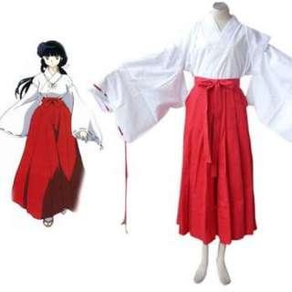 Priestess cosplay