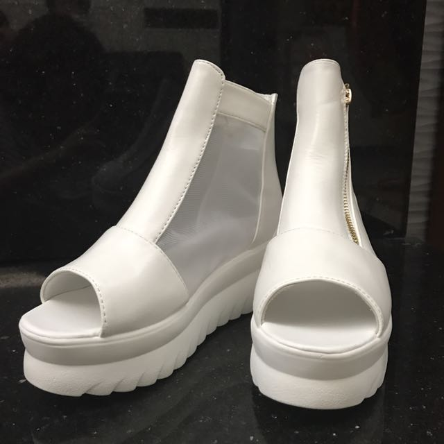 🎊全新微透視厚底露趾楔型鞋(23cm)