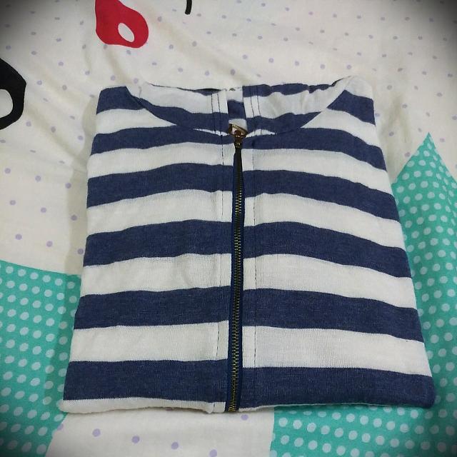 藍白條紋輕薄外套