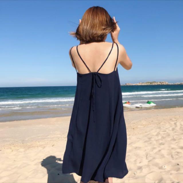 軍藍洋裝 全新 買太大件了😭