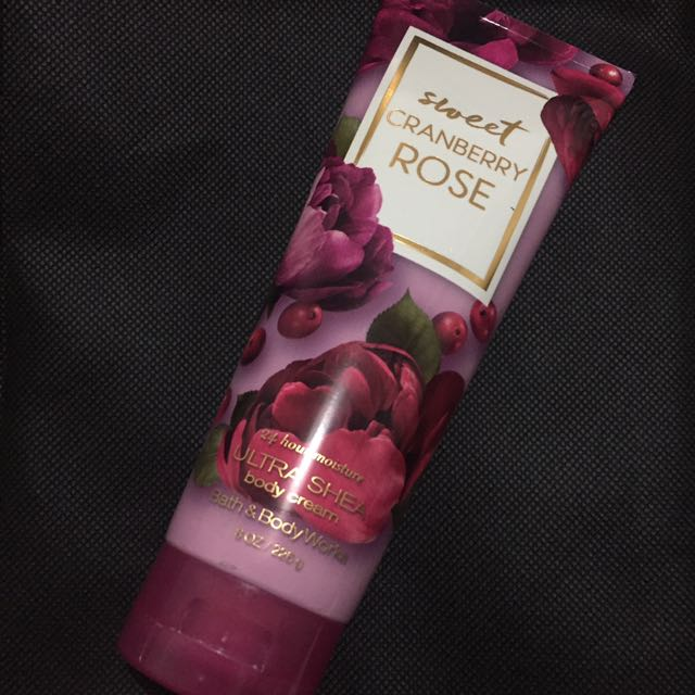 Bath & Body Works | Sweet Cranberry Rose