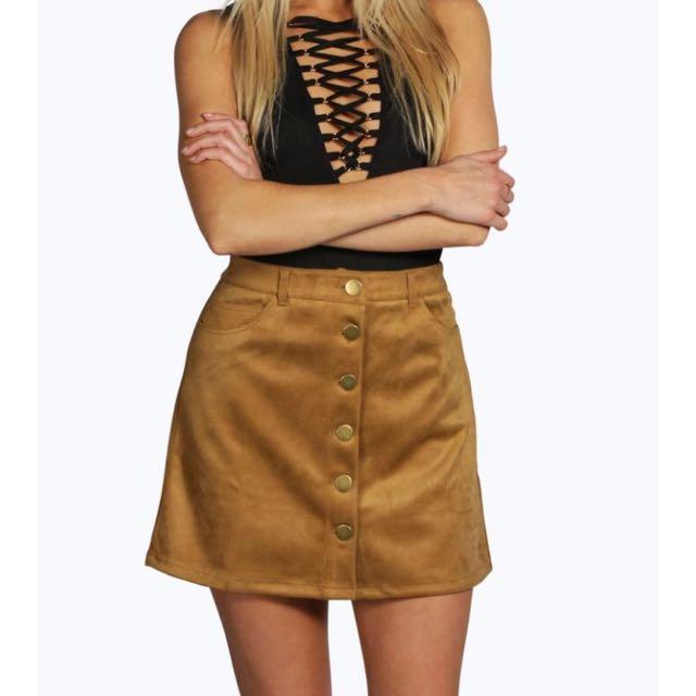 BOOHOO suede Brown Mini Skirt!