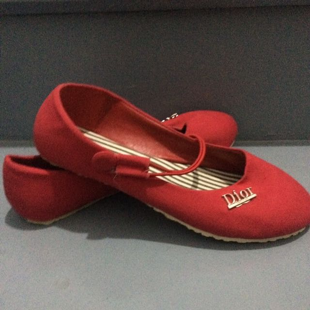diot red dollshoes