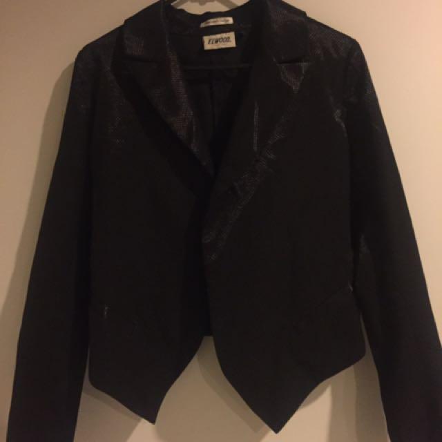 Elwood Black Jacket