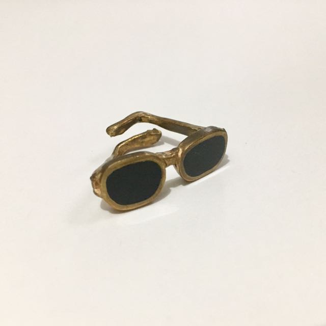 Funky Sunglasses Ring