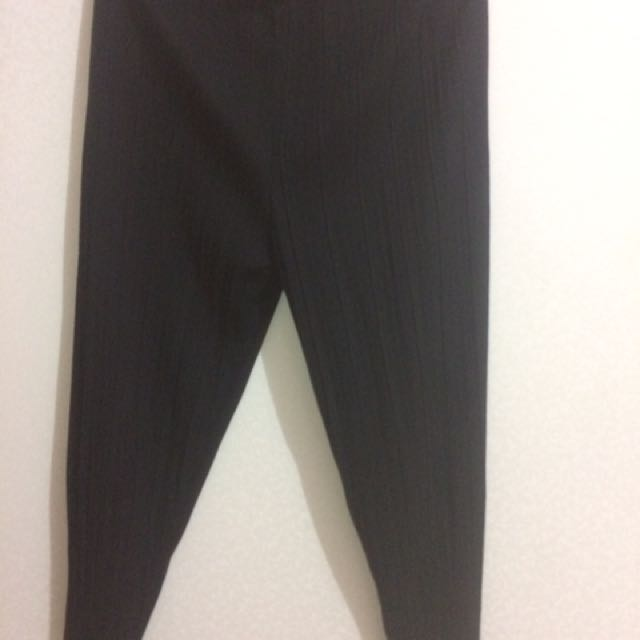 Gaudi Black Casual Pants