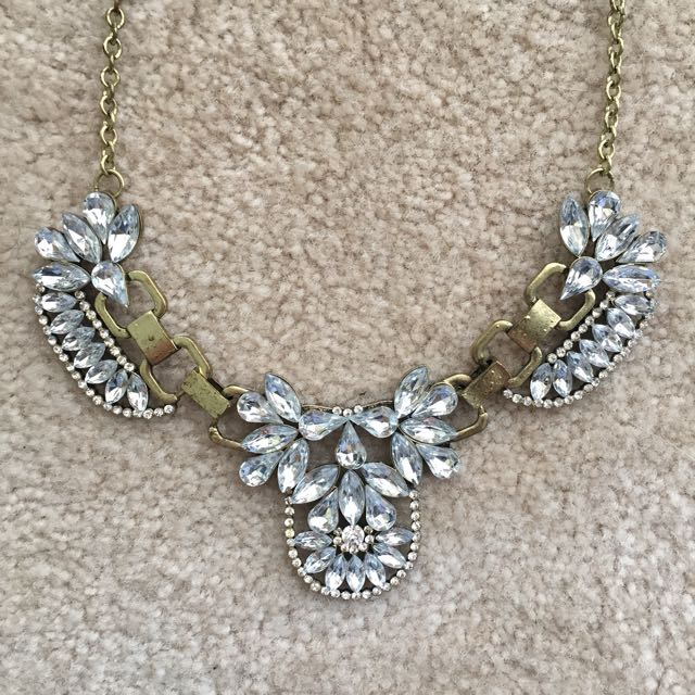 Gold Costa Blanca Necklace With Large Jewel Detail