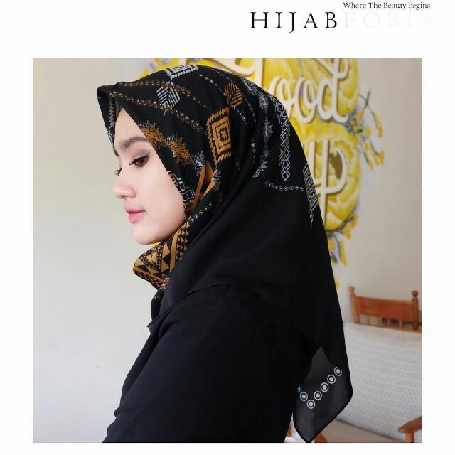 Hijab Kerudung Aster Series
