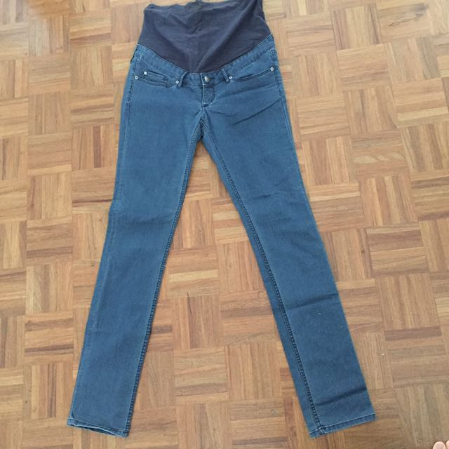 US10 H&M Maternity Jeans