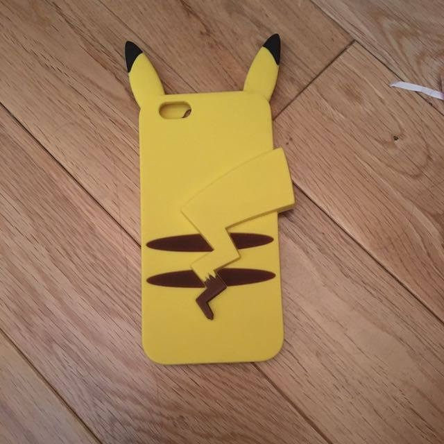 iPhone 6s Pikachu Case
