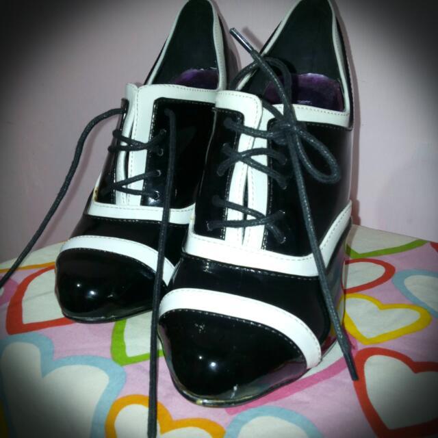 Jumex Shoes