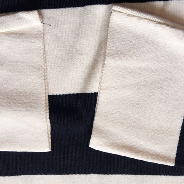 Knit Jumper With Cut Out Shoulder