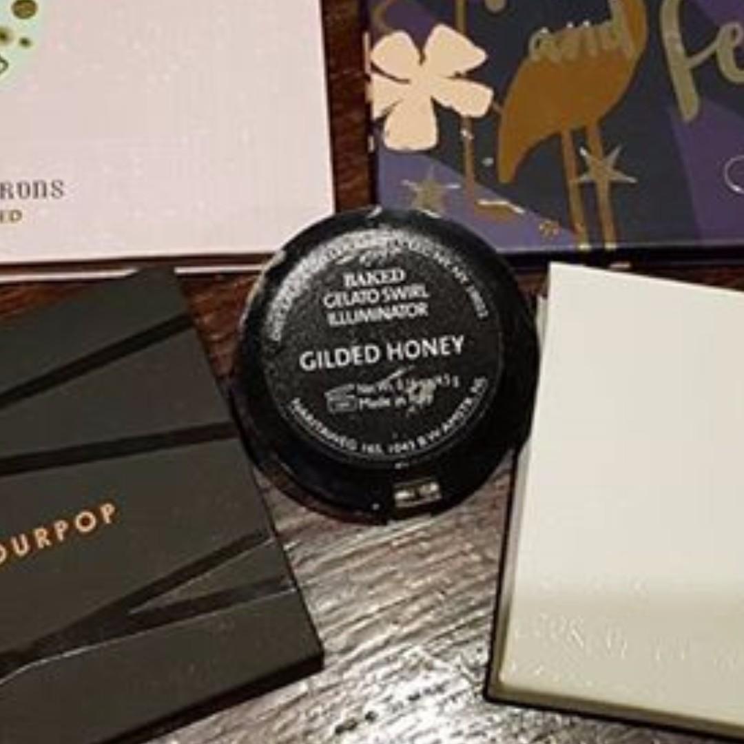 Laura Geller Gilded Honey highlighter