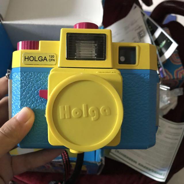 LOMO HOLGA CMFN 120 MULTICOLOR + 1 Box Kodak Ektacolor 120 Asa 160 roll film.