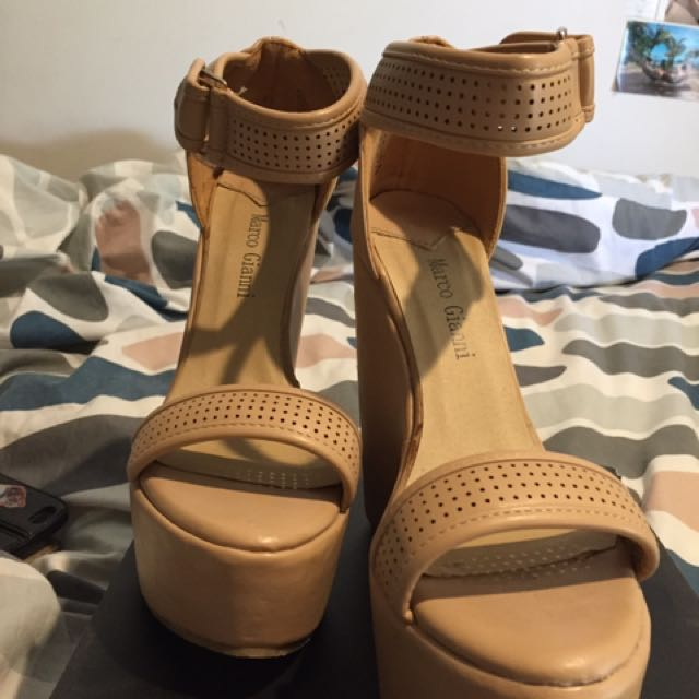 Marco Gianni wedges