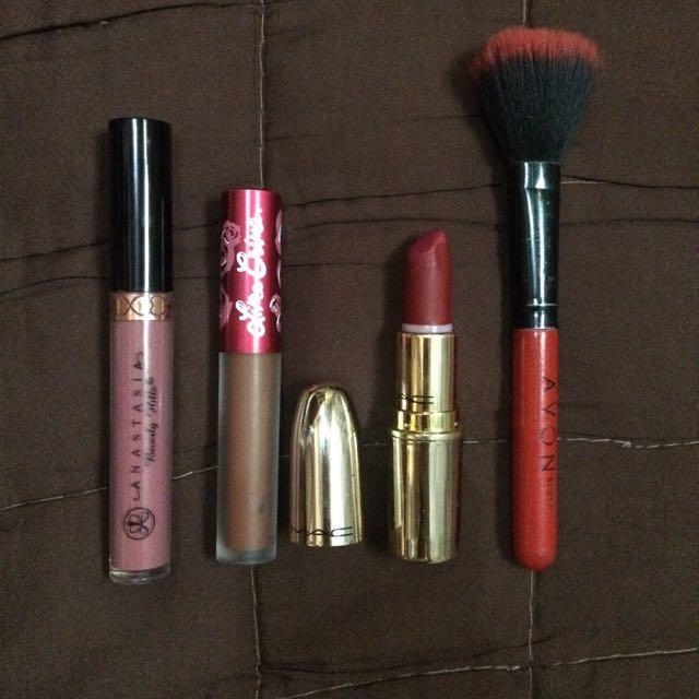 Matte Lip Cream & Bullet w/brush