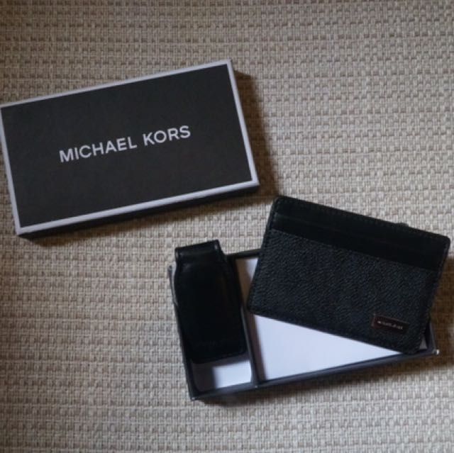 Michael Kors Card Case With Money Clip
