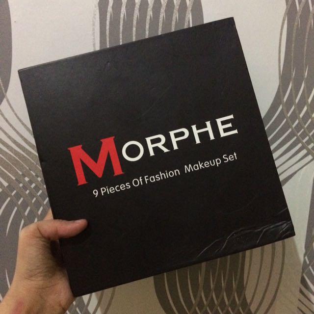 Morphie Make Up Set
