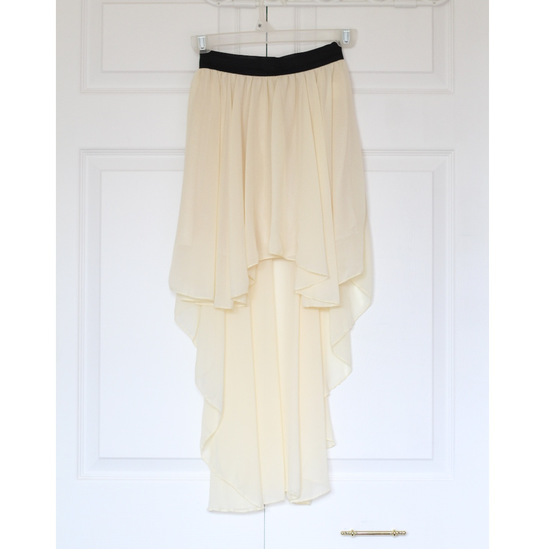 Beige high low skirts with strechy waist band