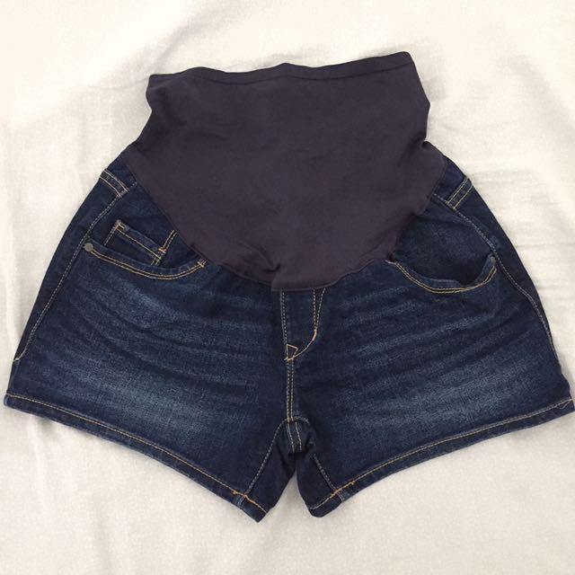 Old Navy Maternity Denim Shorts Size 2