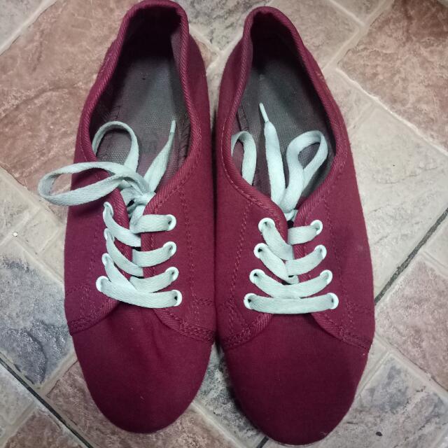 Preloved Kicks Red Sneakers