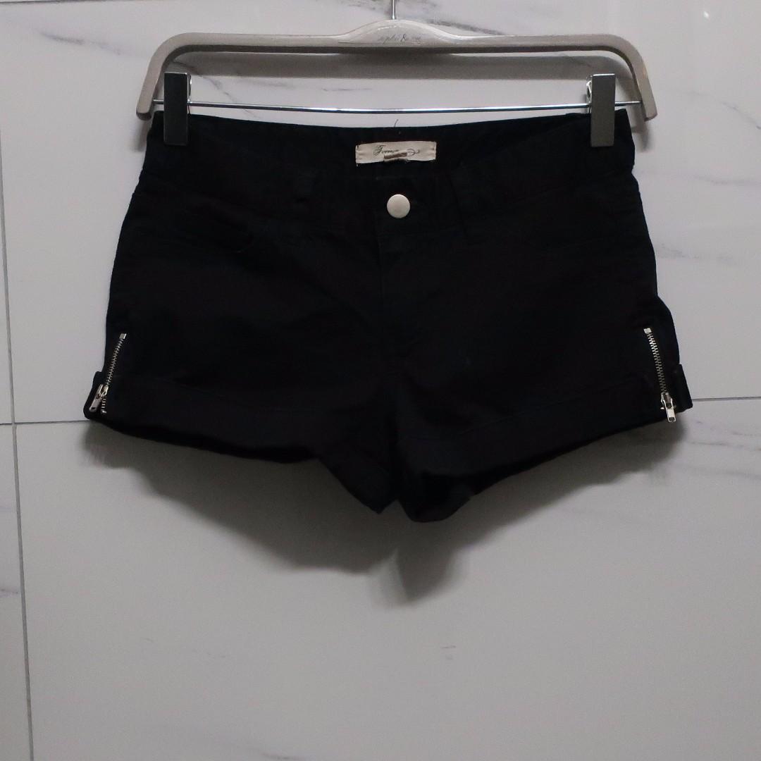 Short Shorts Set