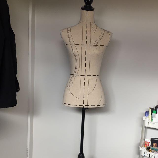 Standup Mannequin?
