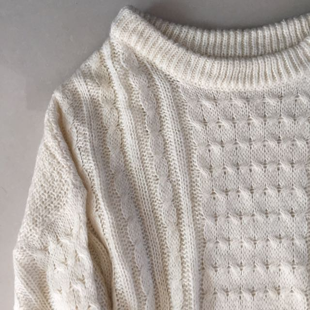 Sweater Rajut White