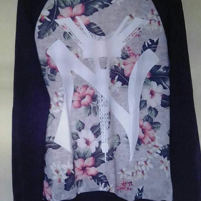 Sweter Flower NY Size L No Minus