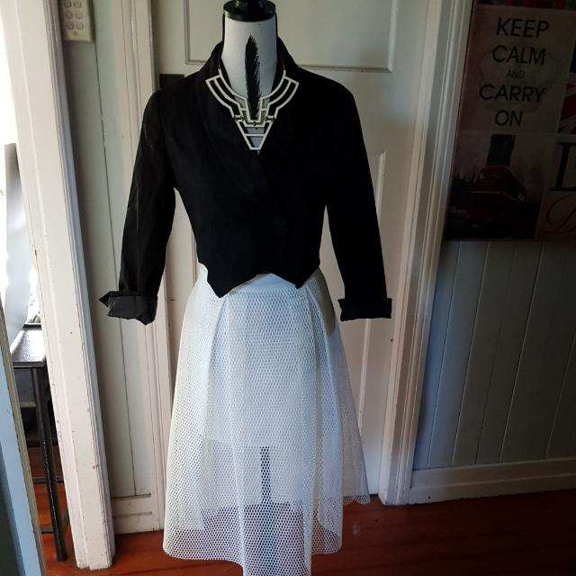 White Net Skirt Size 10 BNWT $30 Black Jacket Crop Tuxedo Style Levis Riders Size 10 $25. Looks Great Together. Will Sell Seperate $8 Postage