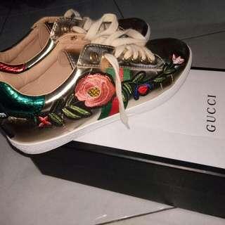 Pre❤ Sepatu Gucci