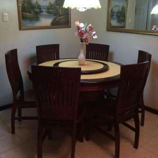 DINING TABLE ROUND 6-seater (2nd Hand)