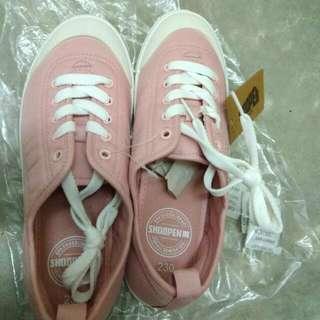 BNWT Original Korean Brand Shoopen Shoes