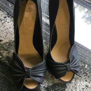 Siren Dark Grey/Black Heels - Brand New