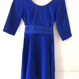 Blue Electric Dress / Gaun Biru Elektrik